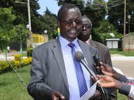 Where is governor Lonyangapuo?