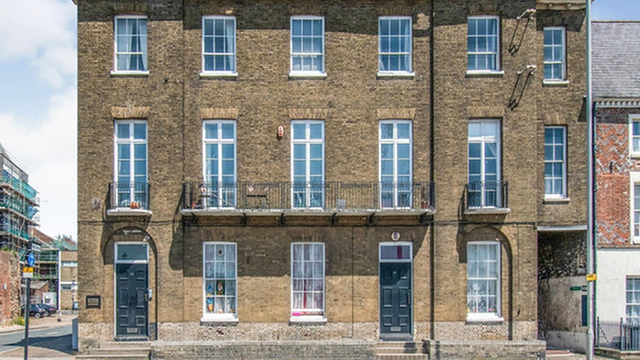 Buy a penthouse and the entire building for £1m