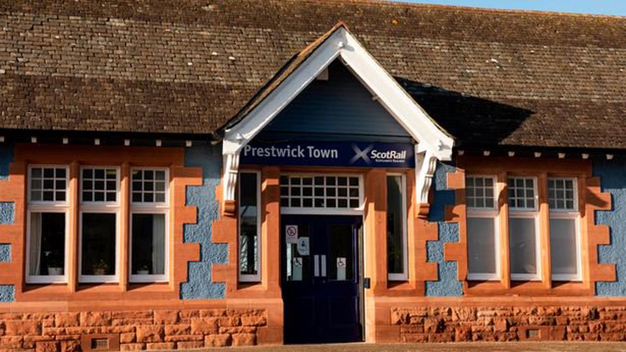 Ayrshire man appears in court after alleged robbery on a train