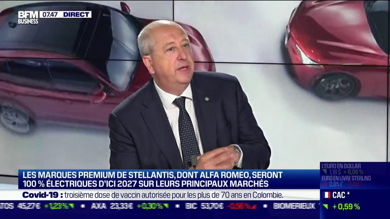 """Comment Alfa Romeo va passer au tout électrique sans vendre """"un iPad avec une voiture autour"""" – BFMTV"""