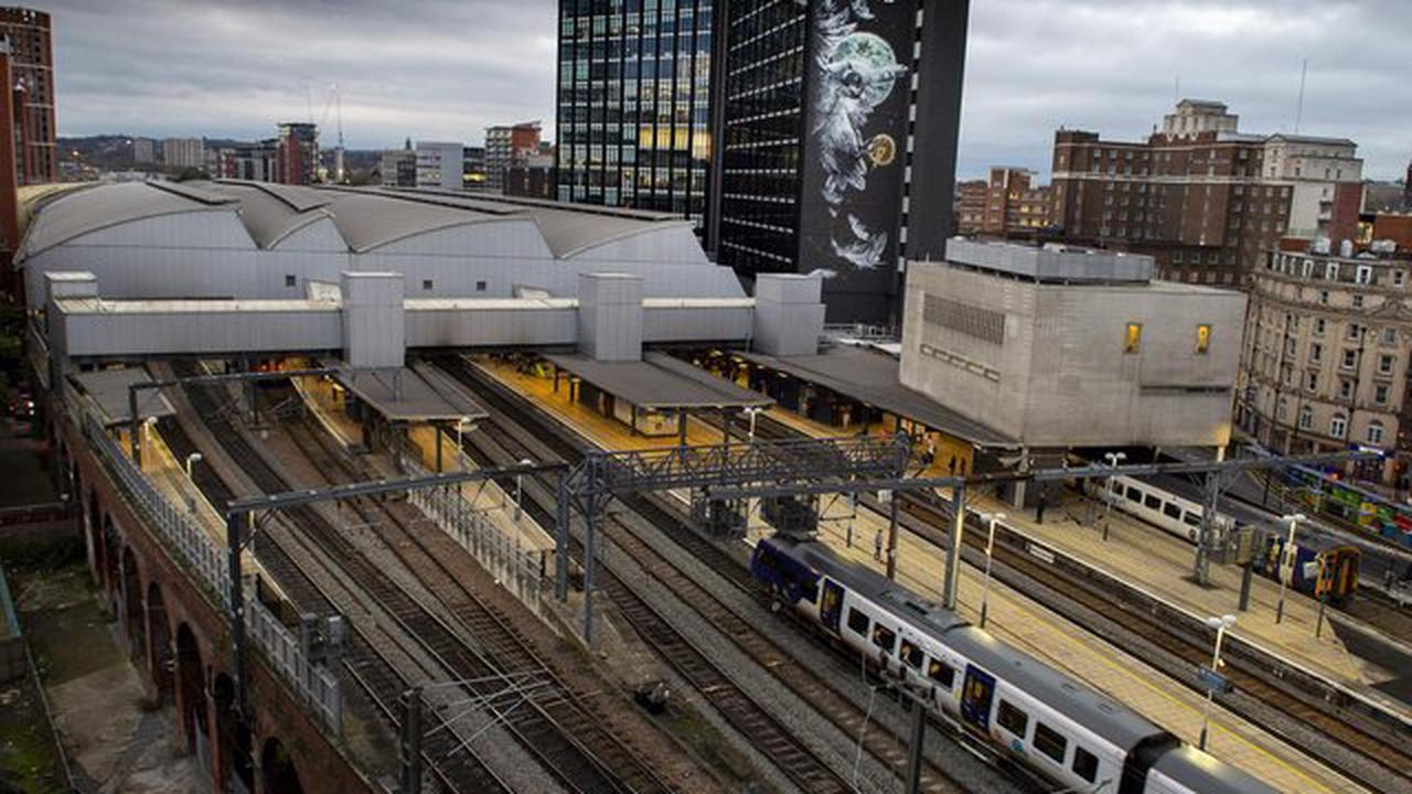 Leeds man fined £500 for threatening to 'knock out' Northern Rail worker at Leeds Station