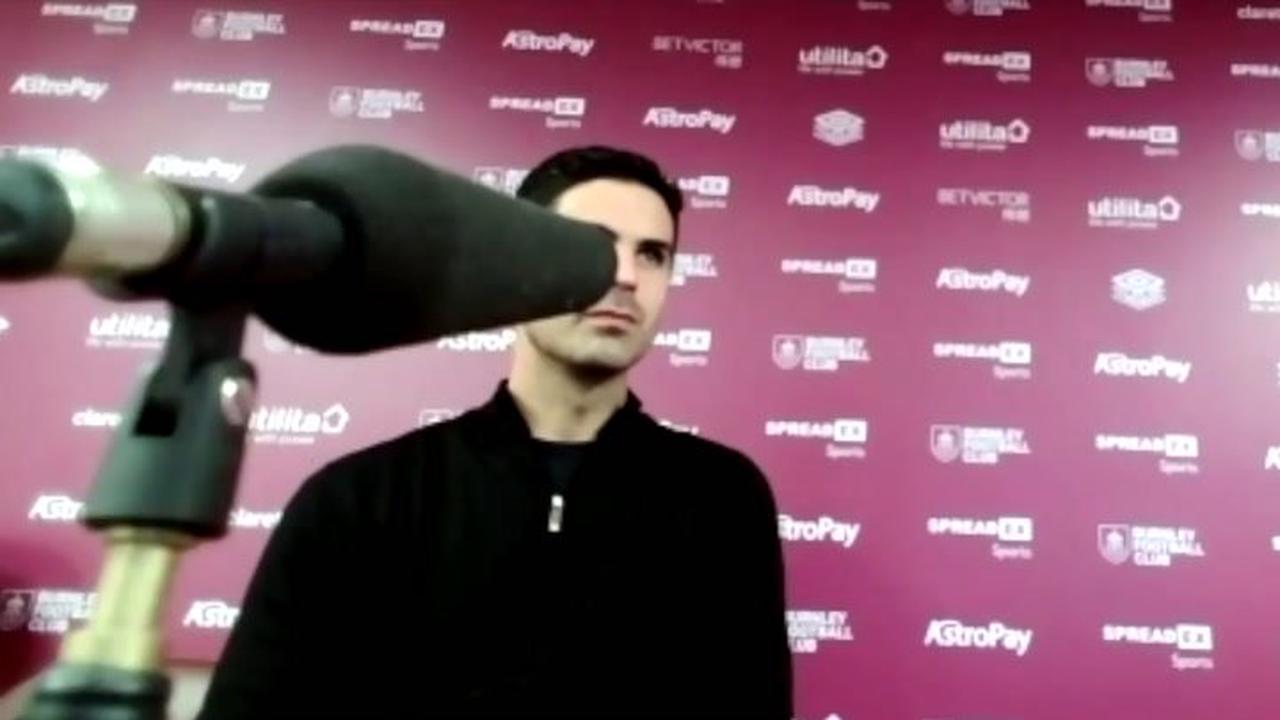 Juventus express transfer interest in Arsenal star as Per Mertesacker has Mikel Arteta message