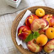 Identifying Different Types Of Peaches