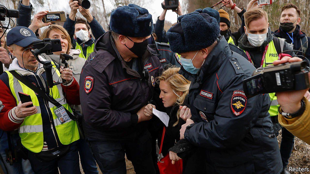 Does the Kremlin want Alexei Navalny to die in prison?