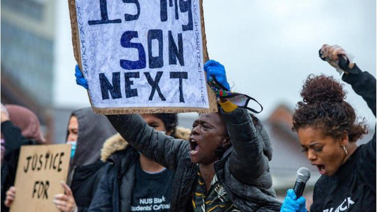 Members of Sheffield Race Equality Commission criticise Government report which denies existence of institutional racism in UK
