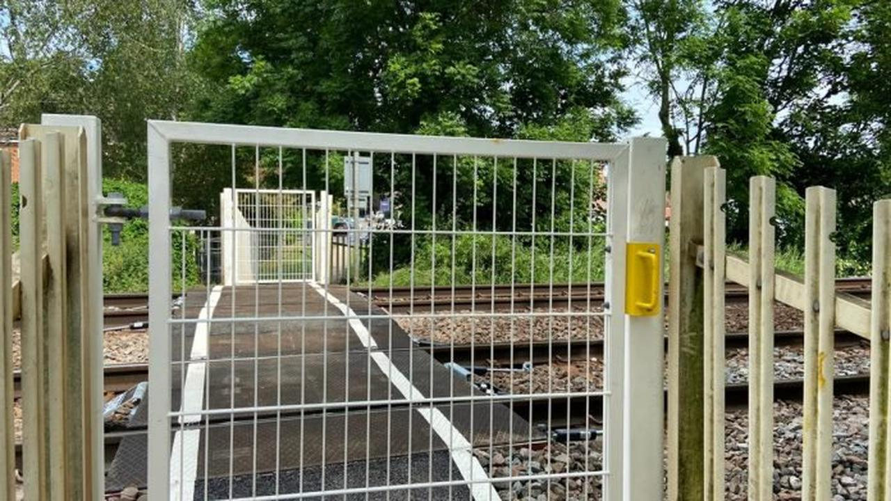Network Rail reopens Burton Joyce footpath rail crossing after safety work