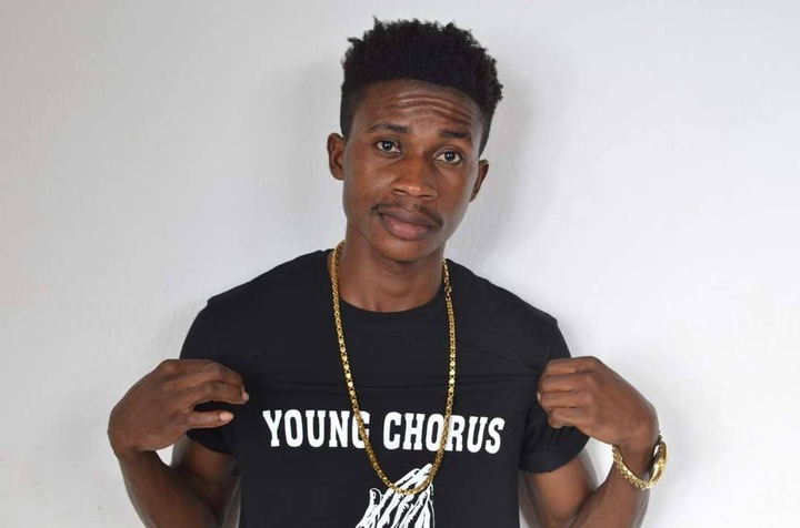 Young Chorus features Pappy Kojo's versatile brother & Patapaa on his track 'Woso'