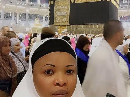 Photos Of Lizzy Anjorin, Dayo Amusa, Kemi Afolabi And Fathia Balogun In Mecca