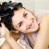 أفضل وصفات لغسيل الشعر بدون شامبو بطريقة سهلة وبسيطة وبدون أضرار