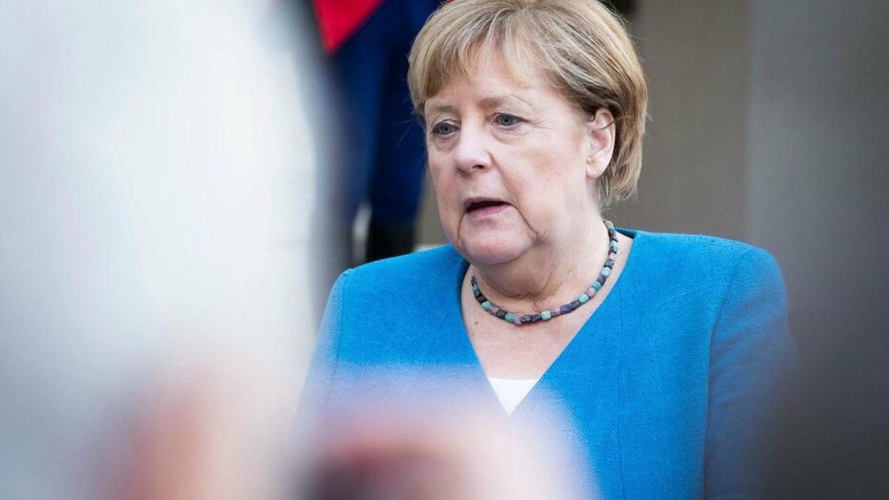 Allemagne : Merkel dénonce le meurtre «horrible» d'un employé pour un masque anti-Covid