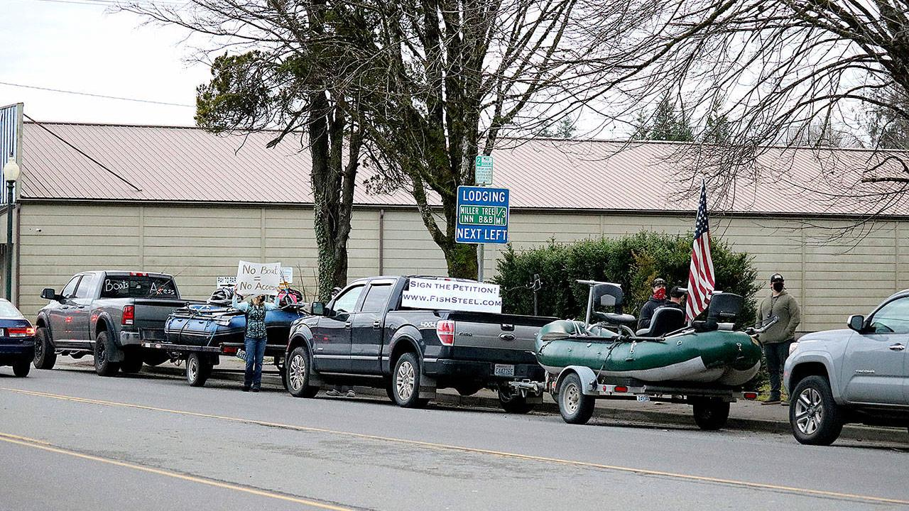 OUTDOORS; Anglers in Forks protest over steelhead regs