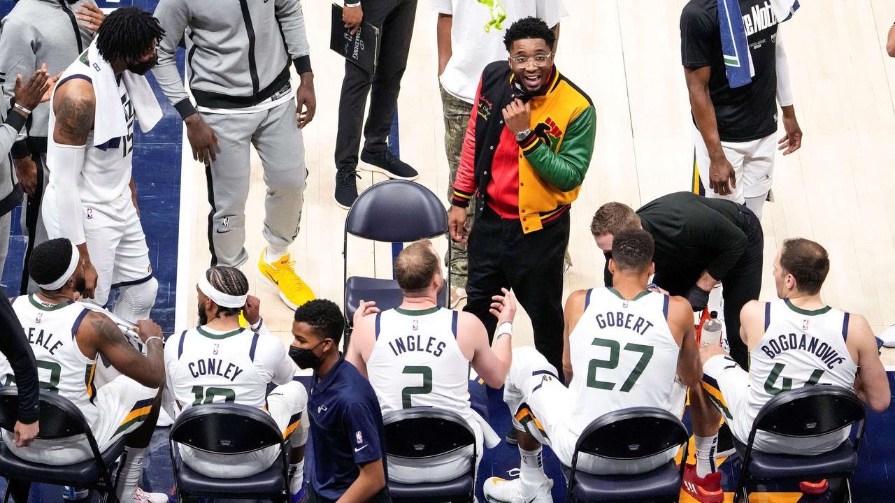 """Donovan Mitchell in versione """"mental coach"""" nella gara-1 persa da Utah contro i Memphis Grizzlies"""