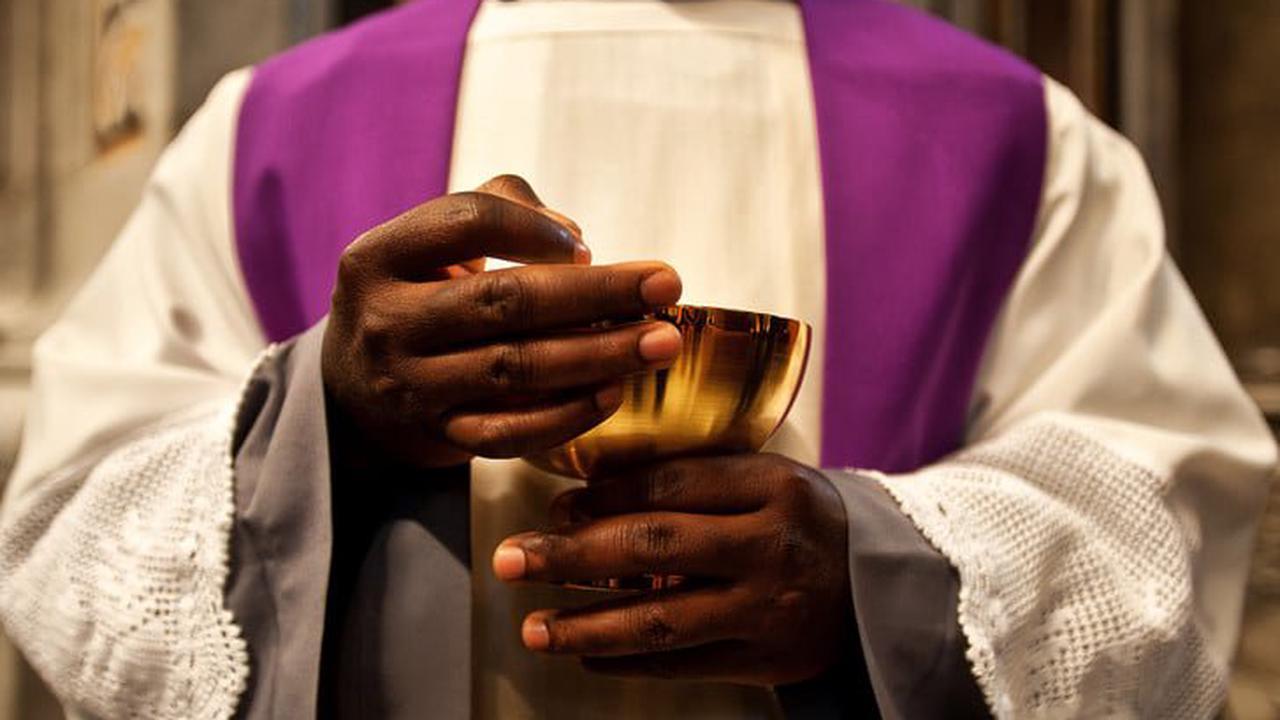 Cameroun: un prêtre comparait devant la justice militaire