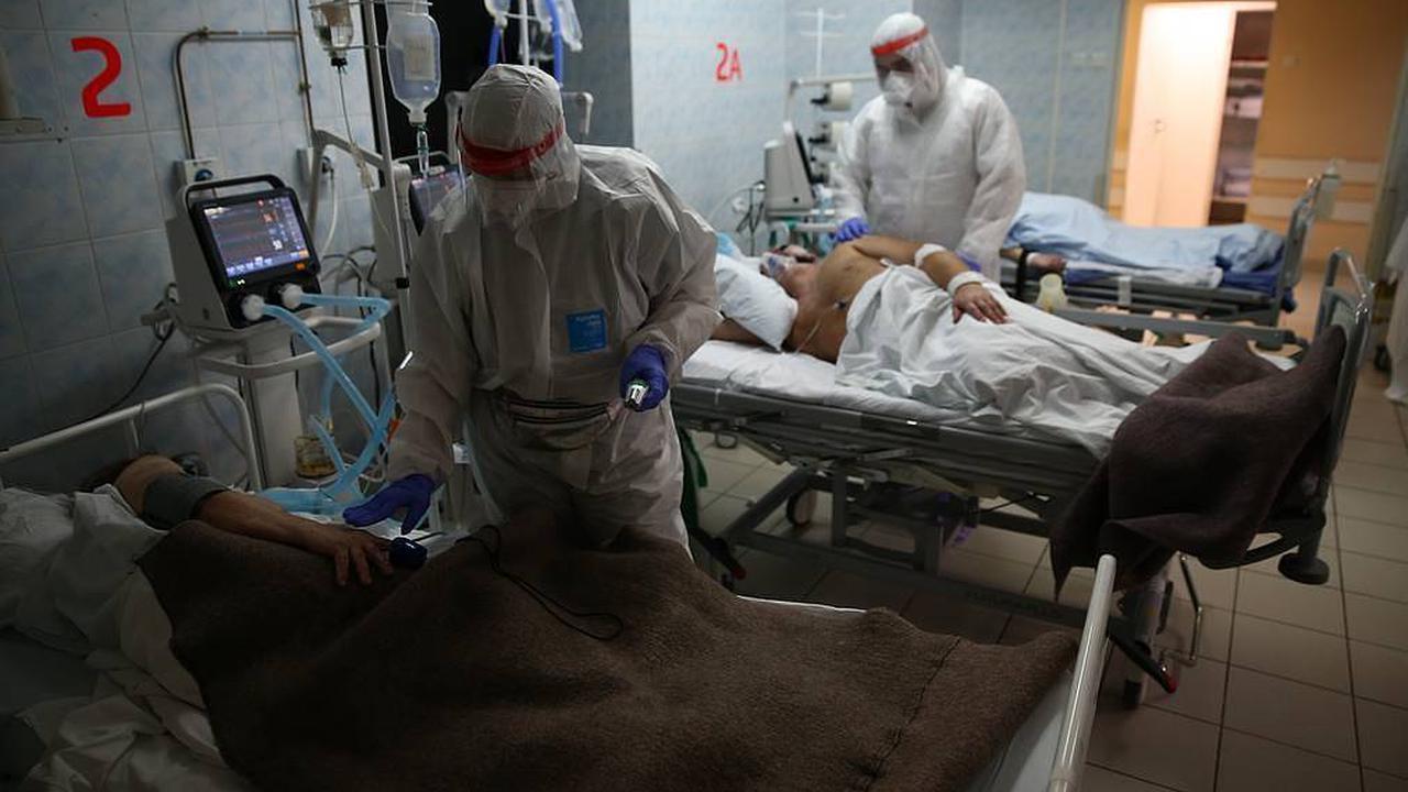 Russia reports over 23,500 daily coronavirus cases