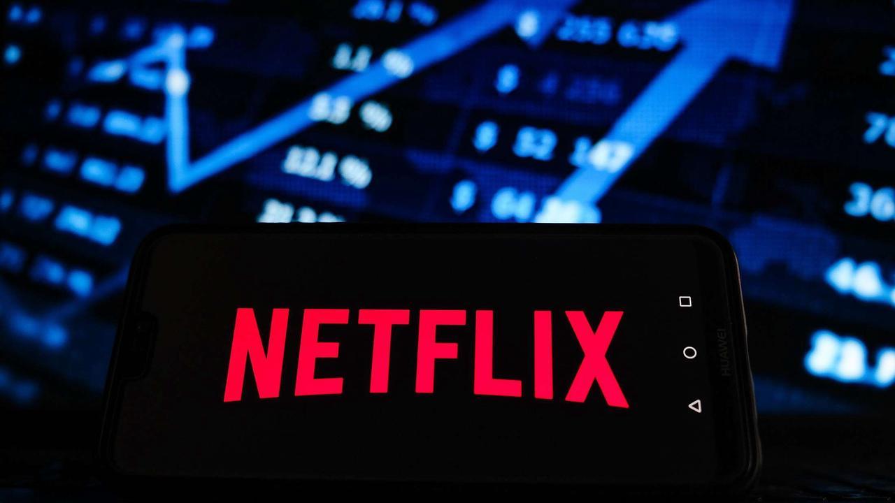 Neue Serien auf Netflix im August 2021: Streamingdienst erweitert Angebot | Film, TV & Serien