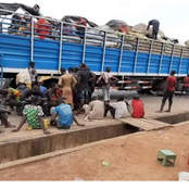 Igbos, Yorubas And Other Ethnics In Nigeria Should Take Note Of This As Food Blockade Continues