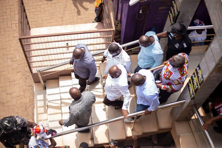 """e941f538ced7918c080d4b984adf977a?quality=uhq&resize=720 - """"Sign Of Victory"""": Mammoth Crowd Storm Angel FM Premises With A Gift To Akufo-Addo (Photos)"""