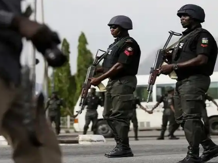 Nigeria Is Gifted With Angels As Police Officers, Meet Outstanding Officers And See What He Did.
