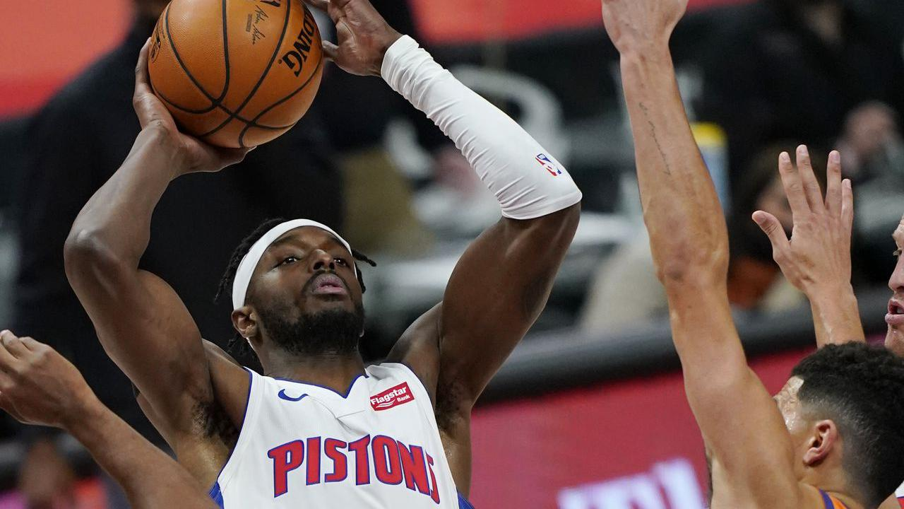 Pistons' Jerami Grant: Posts 27 points in loss