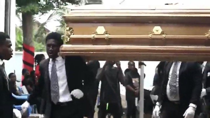 ea88d45c831d4d83a12a6dae6da99dbf?quality=uhq&resize=720 - The Last Moment The Dancing Pallbearers Danced With Eddie Nartey's Wife Coffin Before Her Burial