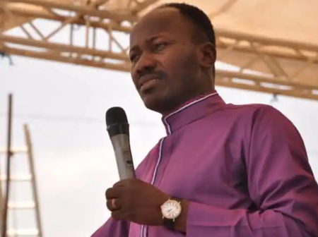 Nigerian prophetess drops 'powerful Prophecy', see what he says about Apostle Suleman.