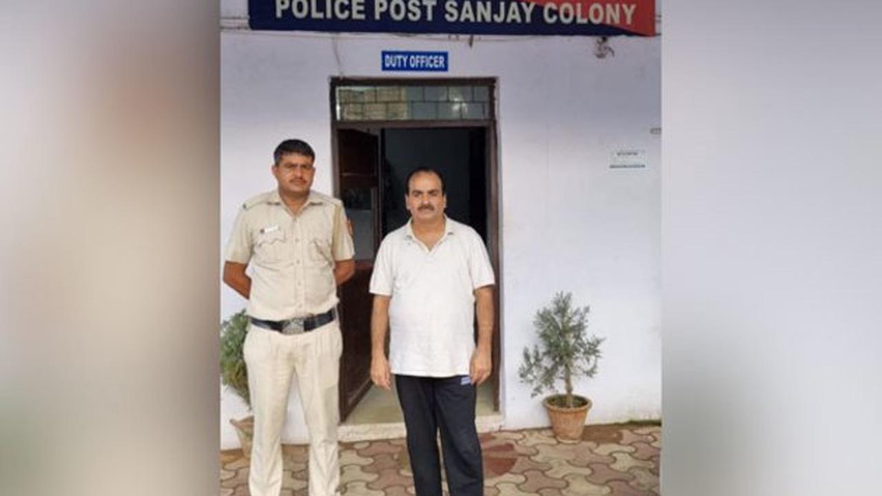 Film producer held for duping Delhi businessman