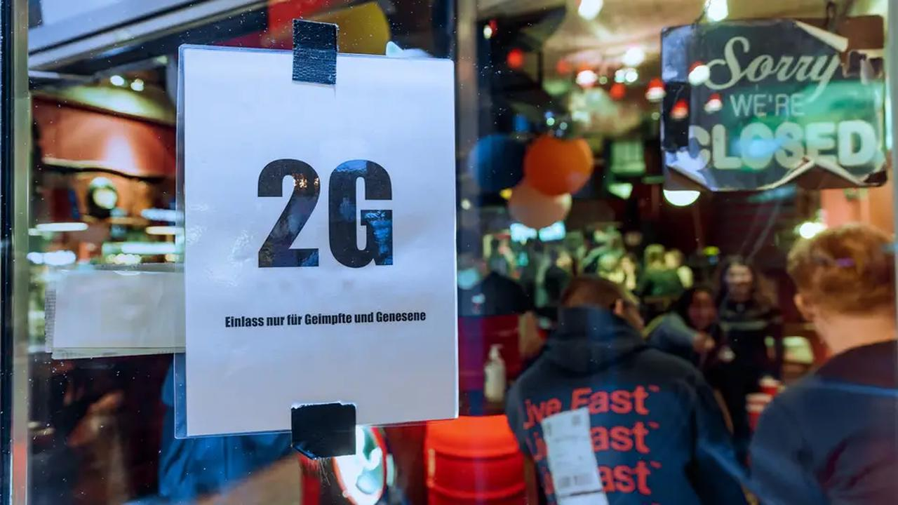 "Kein ""Freedom Day"": Klare Mehrheit gegen Ende aller Corona-Maßnahmen"