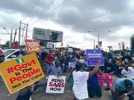 #ENDSARS: Buhari Must Take Responsibility, Protesters Must Focus on Creating Political Movement