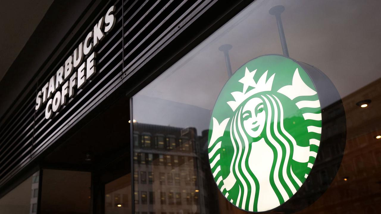 Starbucks UK extends losses as pandemic takes its toll