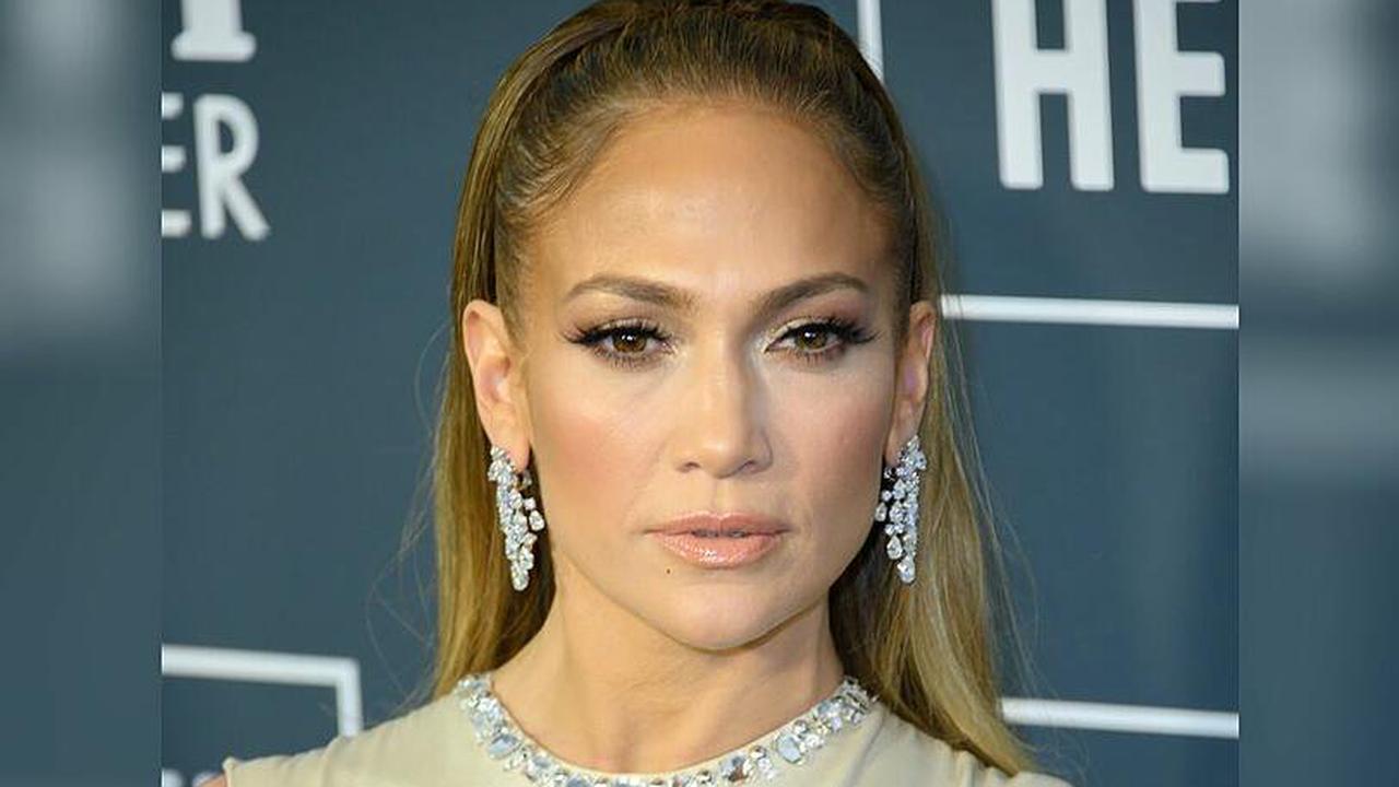 'Atlas': Jennifer Lopez muss für Netflix die Welt retten