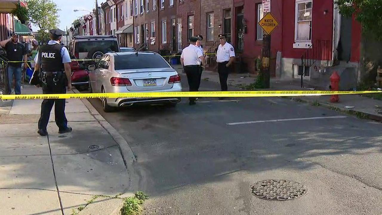 'Young' victim shot near Family Dollar in Avondale