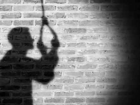 TRAGEDY STRIKES! 100 level student commits suicide in FUTO