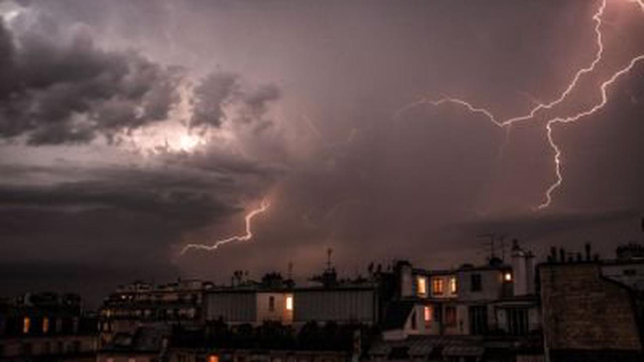 Les images impressionnantes des orages dans le Sud-Ouest