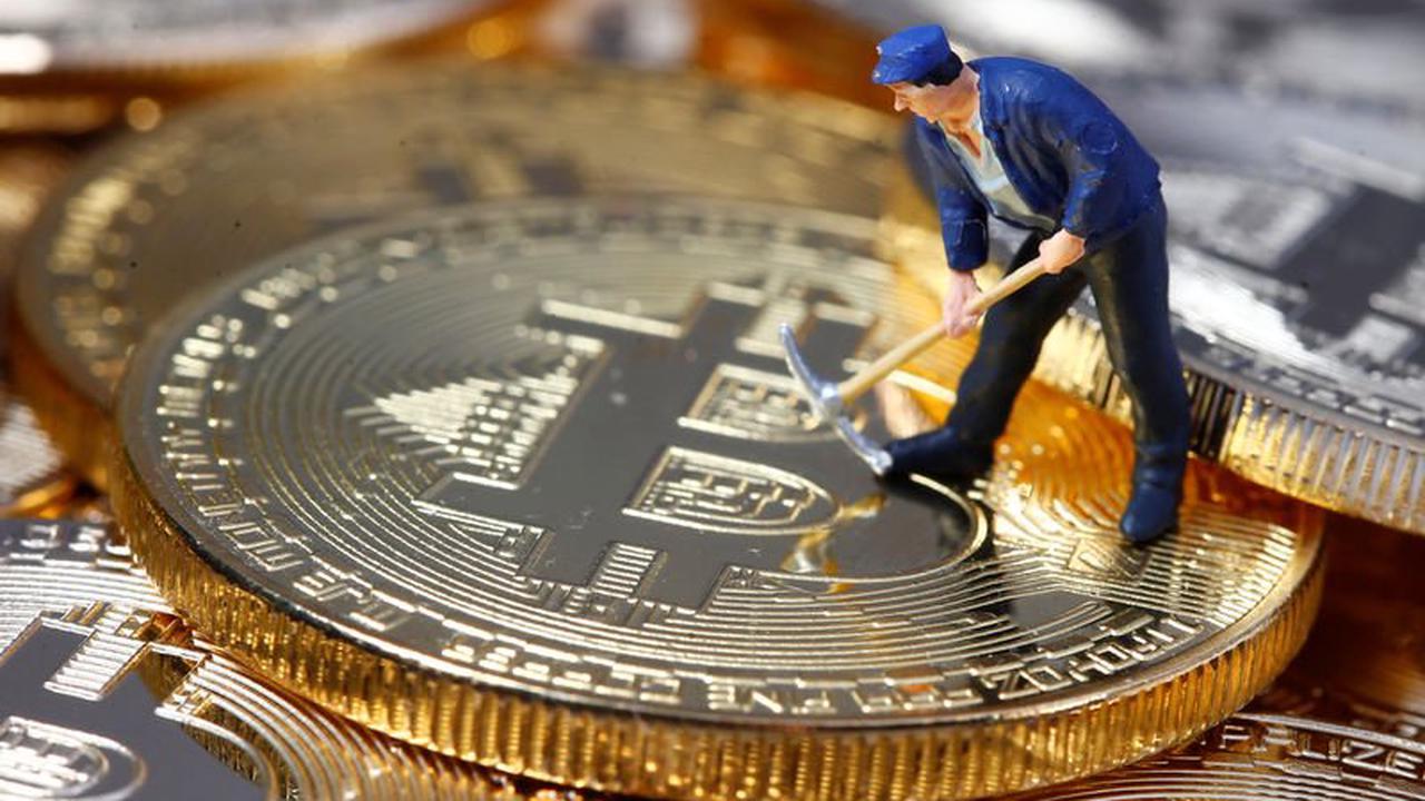 Le Salvador veut favoriser le Mining de Bitcoin avec l'énergie des Volcans Par Investing.com