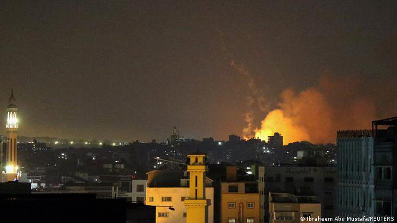 Israel-Gaza violence: Israel carries out attacks on Gaza Strip