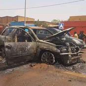 Ouagadougou : En pleine circulation, un véhicule prend feu, le chauffeur sort vivant saint et sauf