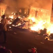 Panic As Fire Reportedly Razes Amobi, Ochanja Market In Onitsha (Video)