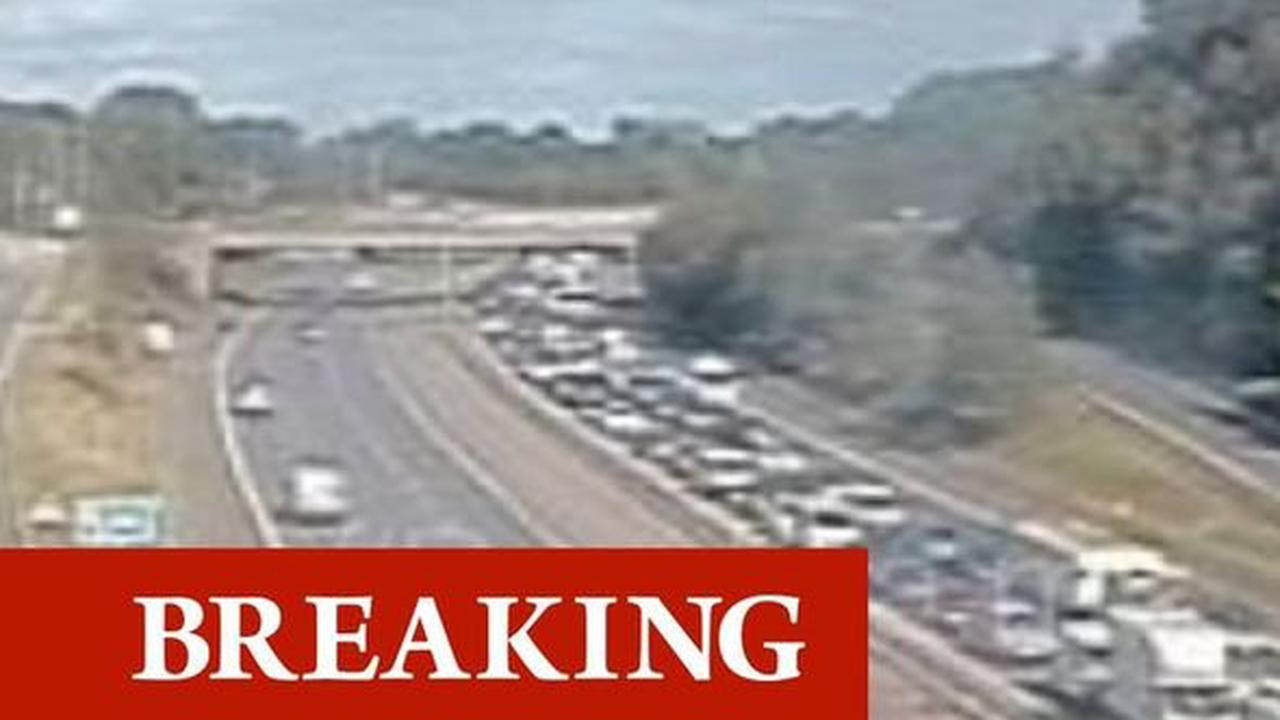 M56 traffic chaos: Huge delays after multi-vehicle crash - closures in place