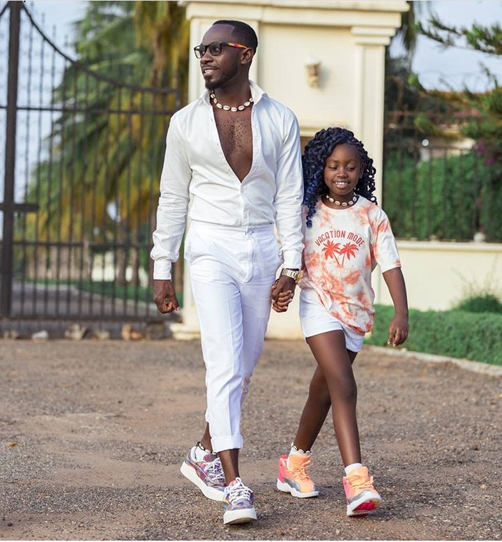 ef836b48ac6360ef72211d6853474891?quality=uhq&resize=720 - Meet Sante Nsiah-Apau, The Cute Daughter Of Okyeame Kwame Who Is The Youngest Entrepreneur In Ghana