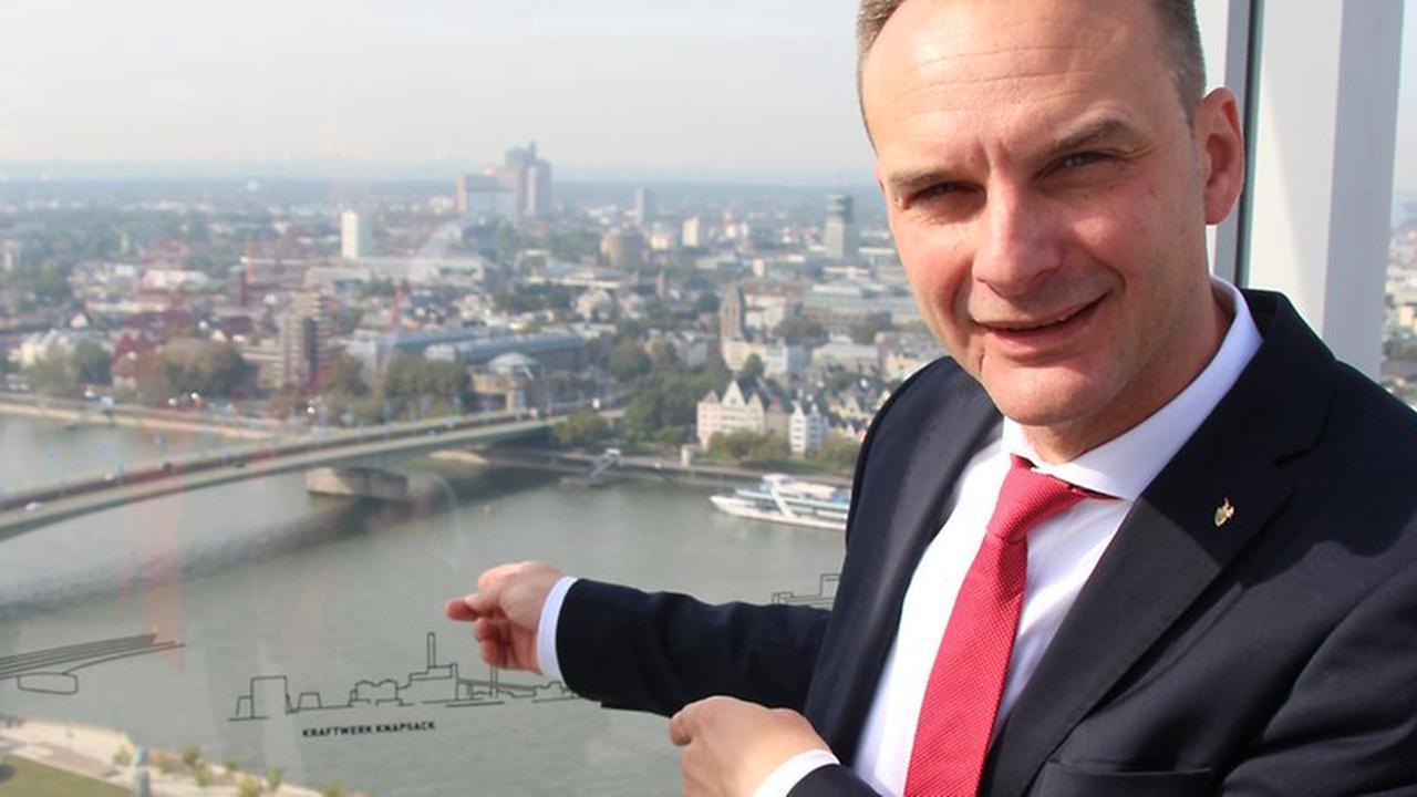 D`r Zoch kütt üvver dr Rhing : Kölner Rosenmontagszug startet erstmals 2023 in Deutz