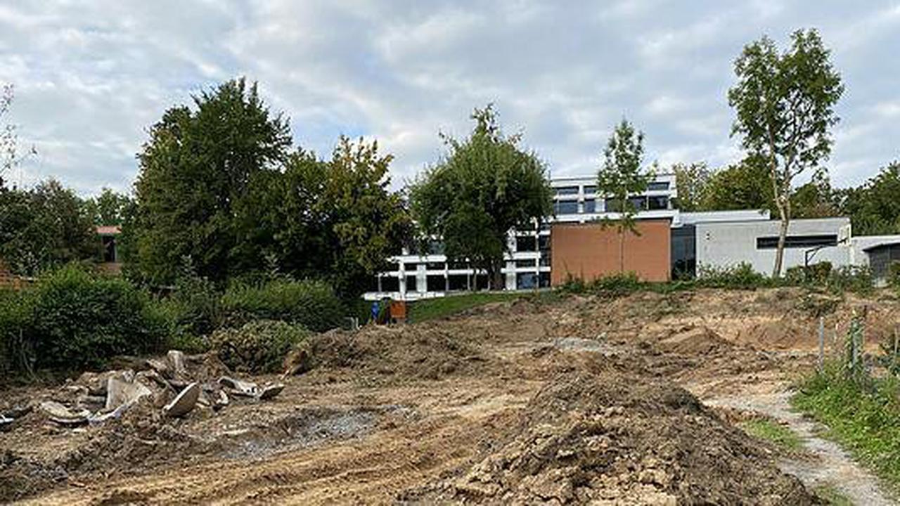 Am Neubau des Eduard-Mörike-Gymnasiums entstehen Aufenthaltsräume und Parkplätze