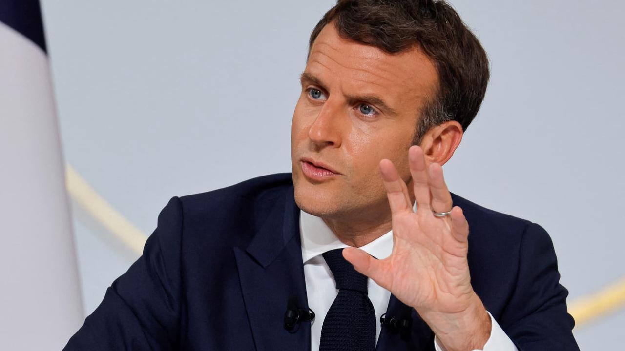 """Emmanuel Macron """"ne pense pas que la société française soit dans un moment de grande tension"""""""