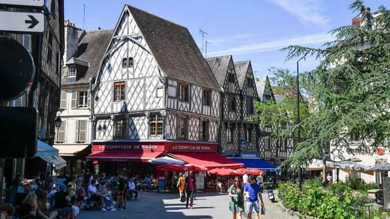 """Vie quotidienne Selon une étude du collectif Place aux piétons, Bourges est « plutôt défavorable » en termes de """"marchabilité"""""""
