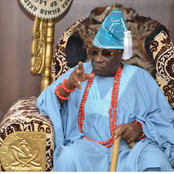 Opinion: The Oba of Lagos shot himself in the foot by revealing the sum of money stolen by hoodlums