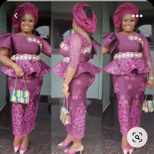 Stunning Lace Outfits For Matured Women To Rock To Any Ceremony