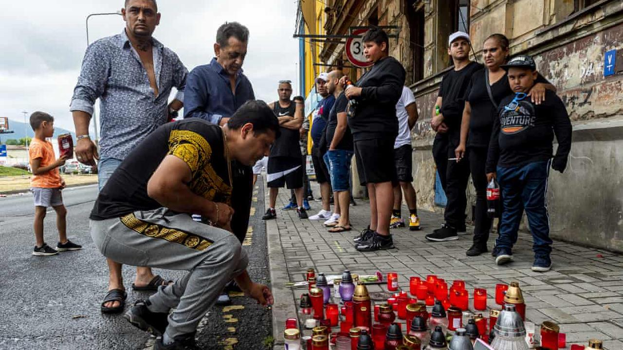 Death of Romany man knelt on by Czech police must be 'investigated urgently'