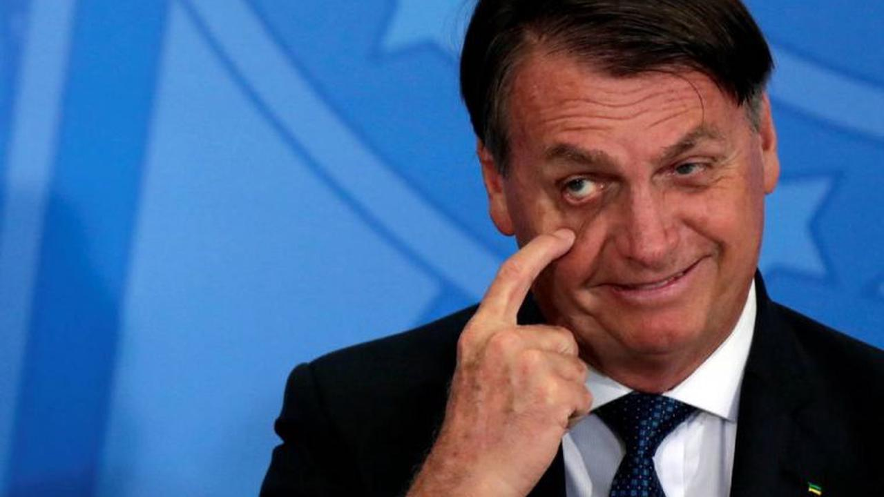 Nobody pressures me for anything, blasts Bolsonaro when asked about Covid-19 vaccines