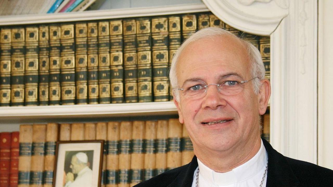Pontorson. Rencontre au prieuré avec Mgr Lalanne, évêque de pontoise