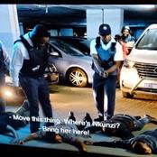 Nkunzi saved Mangcobo from being killed and arrested.