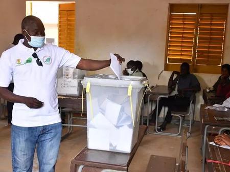 Niger/ Présidentielle : tout va se jouer au second tour entre Bazoum et Mahamane
